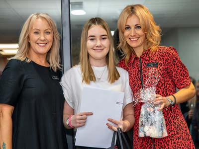 Isabelle Reuvekamp - Sands Hair Design Trainee of the Year