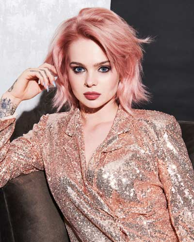 Festive Hair Ideas The Perfect Express Services to Add a Festive Sparkle to your Hair - Pink Hair